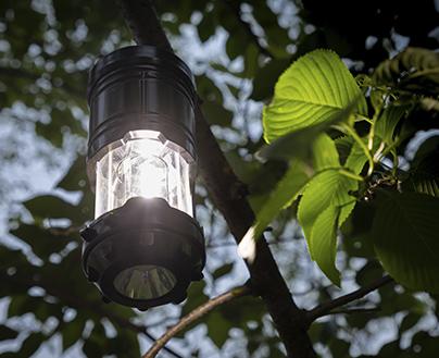 LEDランタン Lサイズ 火を使わないLED仕様だから火災の心配がなく安心 テントに引っ掛けたり、テーブルに置いたり 様々な使い方ができる LEDライト